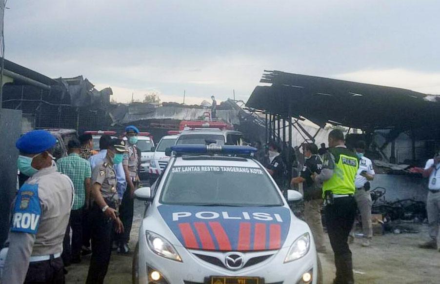 metrobanten Kabupaten tangerang kebakaran pabrik petasan kosambi kapolres metro tangerang kota
