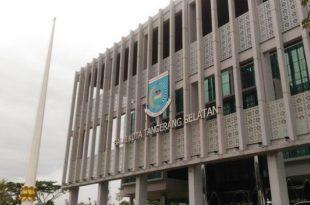 metro banten tangerang selatan supir angkot geruduk kantor walikota