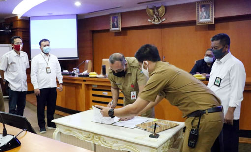 Kementerian PUPR Serahkan Aset Jalan Desa Kohod Ke Pemkab. Tangerang