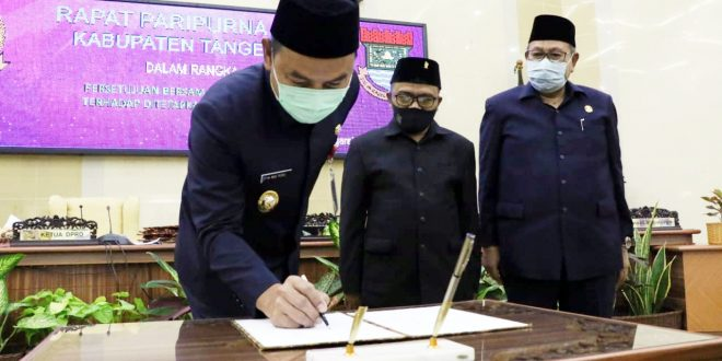 DPRD Kabupaten Tangerang Tetapkan 4 Raperda Menjadi Perda