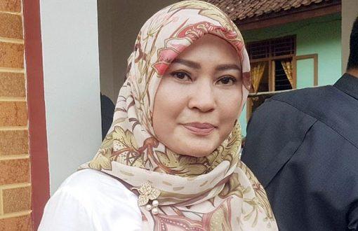 Bupati Irna Janji Permudah Investor