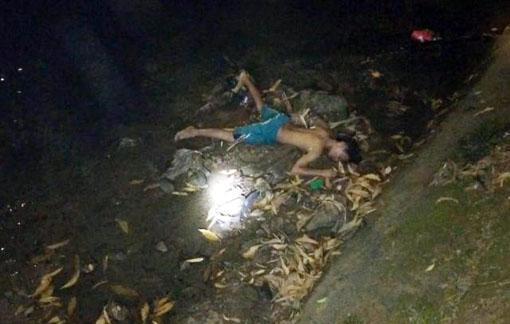 Seorang Remaja Tewas Dililit Ular Piton Di Pinggir Sungai