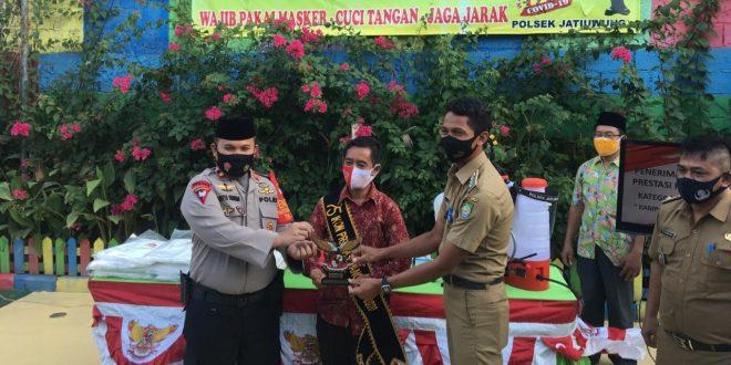 Kampoeng Anggur Binaan Polsek Jatiuwung Terima Ikon Apresiasi Prestasi Pancasila