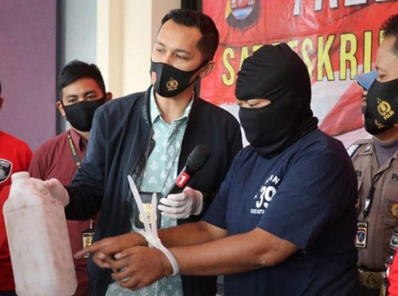 Polisi Tangkap Penjual Miras Oplosan yang Tewaskan Lima Pemuda