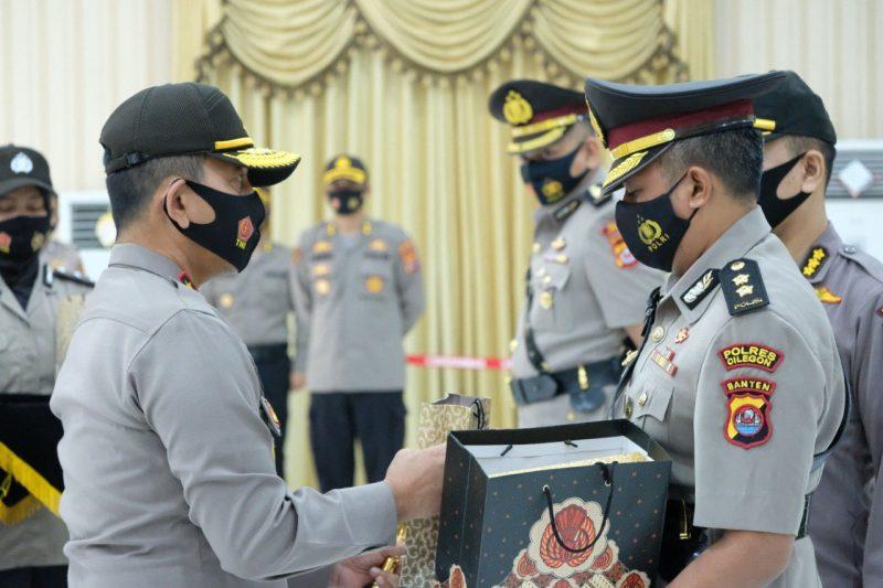 Irjen Pol Drs. Fiandar Pimpin Langsung Sertijab Tiga Pejabat Utama Polda Banten