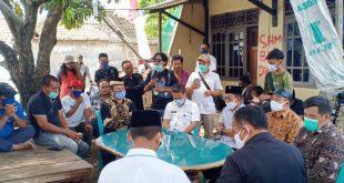 DPRD kota Tangerang Salurkan Bantuan Bahan Pangan Kepada Korban Gusuran Tol Jorr