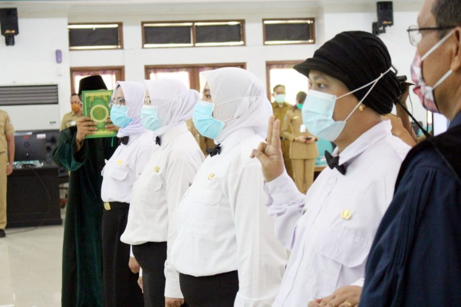 35 Bidan Mengikuti Sumpah PNS Kabupaten Tangerang
