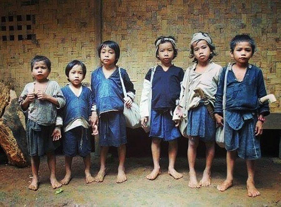 Warga Baduy Terima Bantuan Sosial Sembako Kemensos