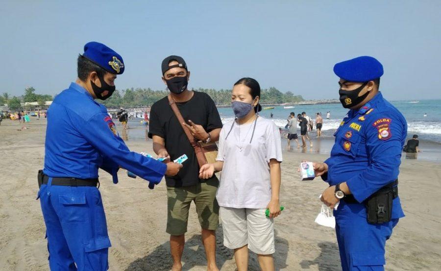 Dirpolairud Polda Banten Lakukan Patroli Dialogis di Pantai Wisata Anyer