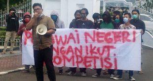 Aliansi Mahasiswa Serang (ALMAN) Melakukan Aksi, Desak ASN Tidak Terlibat Pilkada