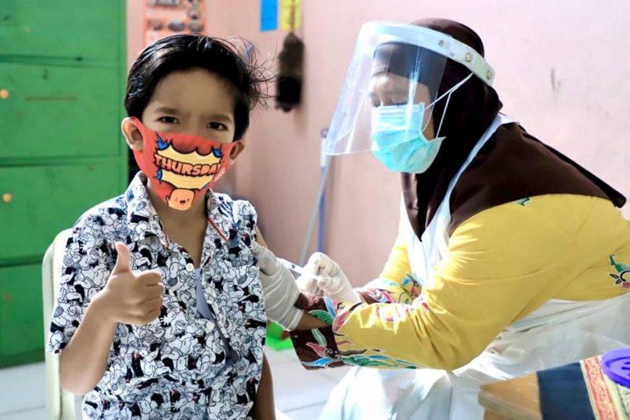 Tingkatkan Prokes, Pemkot Tangerang Berikan Imunisasi Serentak Bagi Siswa SD