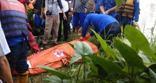 Warga Dihebohkan Penemuan Sosok Mayat Ngambang di Kolam Ikan