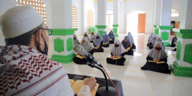 Ditengah Pandemi COVID-19, Penerapan Kesehatan jadi Budaya Baru Pesantren di Kota Tangerang