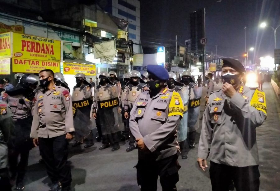 Melewati Batas Waktu, Polisi Bubarkan Aksi Demo Mahasiswa di Kota Serang