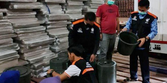 KPU Pandeglang Terima Logistik Bilik Suara dan Ribuan APD Jelang Pilkada 2020