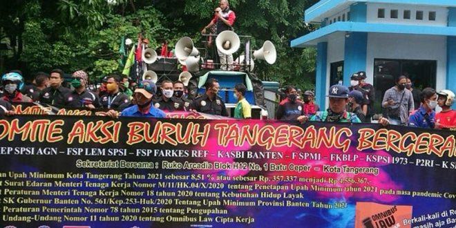 Buruh di Kota TangerangTuntut Kenaikan UMK 8,51 Persen