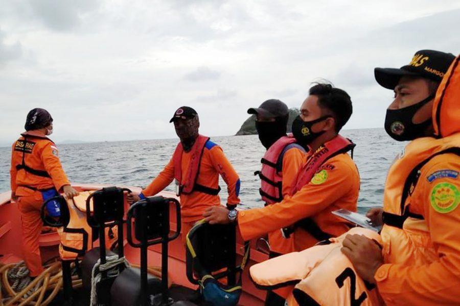 Penumpang Kapal KMP Nusa Jaya Terjun ke Laut di Pelabuhan Merak