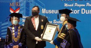 Wisuda Universitas Muhammadiyah Tangerang ke-12 Dapat Rekor MURI