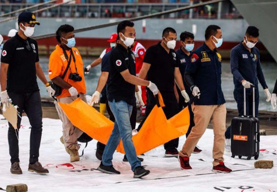 DVI Polri Terima 56 Kantong Jenazah Korban Pesawat Sriwijaya Air SJ 182
