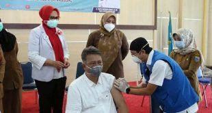 Ratusan Dokter di Pandeglang lakukan Vaksinasi Covid-19