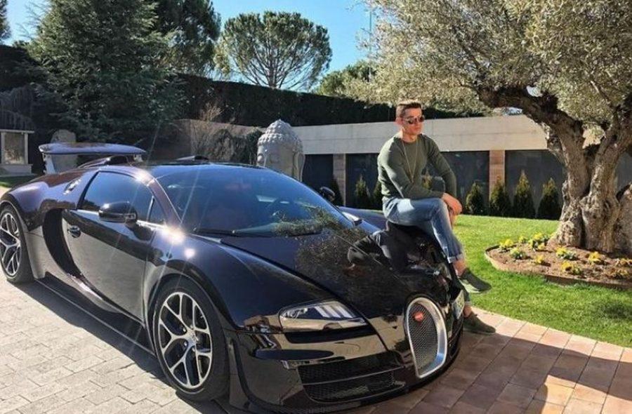 5 Mobil Sport Cristiano Ronaldo, Bugatti La Voiture Sentuh Rp161 Miliar