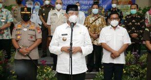 Gubernur Banten Hadiri Vaksinasi 5 Kepala Daerah di Pendopo Bupati Tangerang