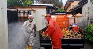 PMI Tangerang Lakukan Penyemprotan Disinfektan dalam Penerapan PPKM