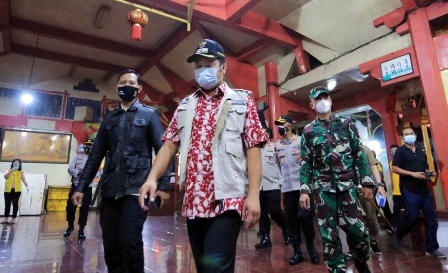Wali Kota Tangerang tinjau Kesiapan Prokes di Vihara untuk Perayaan Imlek