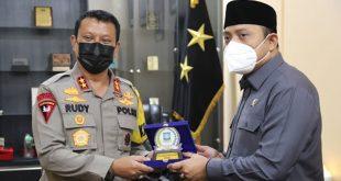Tingkatkan Sinergitas, Ketua DPRD Kabupaten Serang Kunjungi Polda Banten