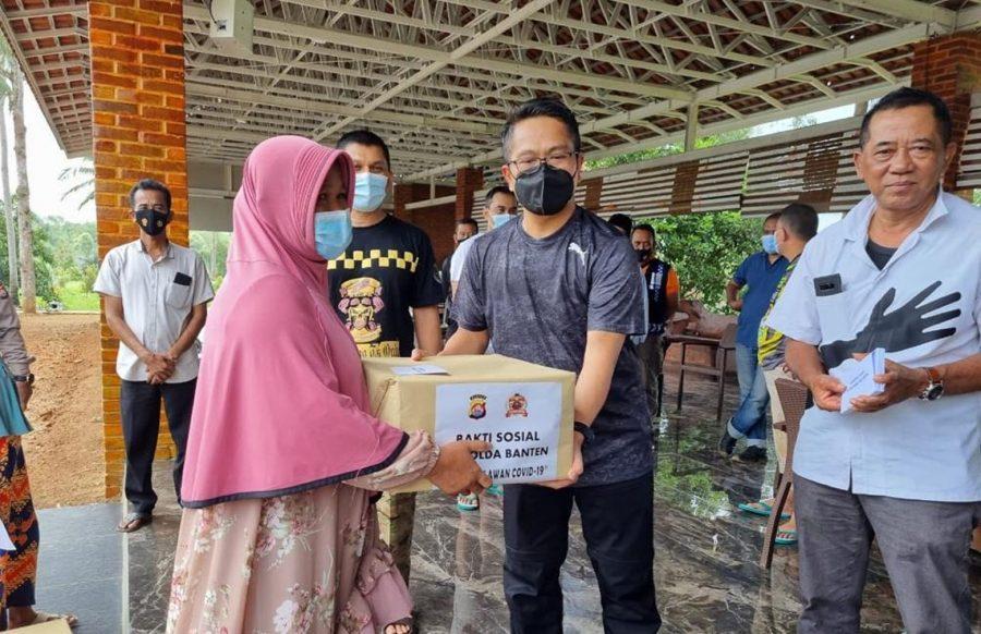 Polda Banten Gelar Baksos Peduli Warga Terdampak Covid-19 di Kabupaten Lebak