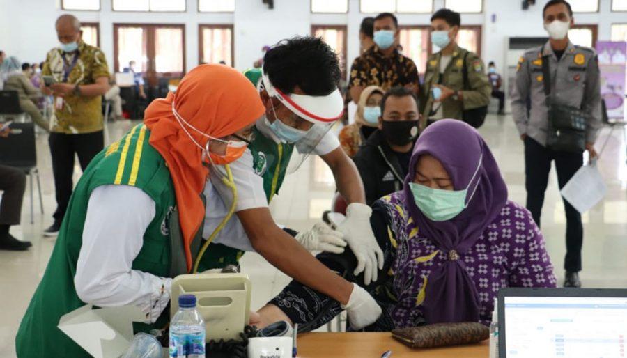 Pemkab Tangerang Gelar Vaksinasi COVID-19 Tahap II Periode 1untuk Pegawai