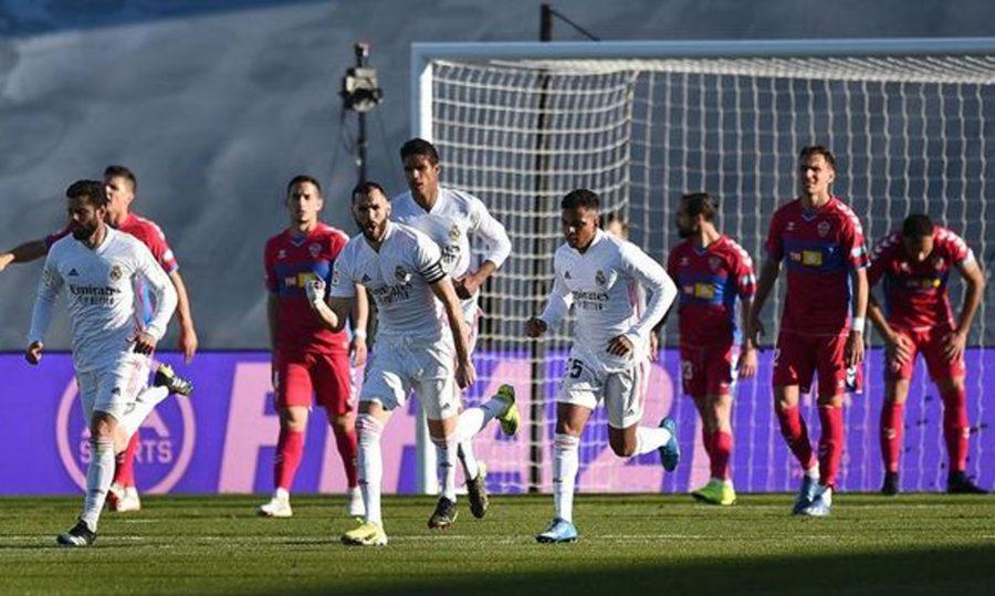 Real Madrid Vs Elche, Gol Injury Time Benzema Menangkan El Reaj 2-1