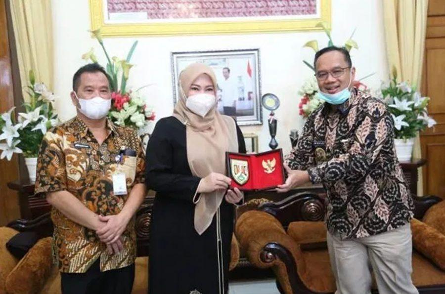 Mal Pelayanan Publik Kabupaten Pandeglang Jadi Studi Kota Magelang
