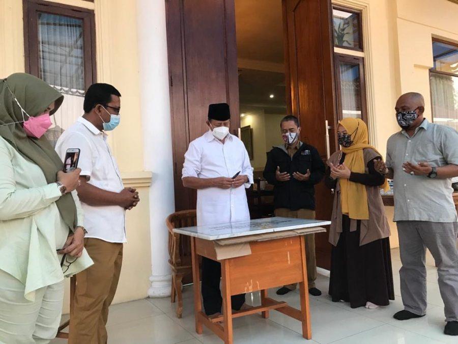 Bangun Masjid At-Tarbiyah, Gubernur Banten Apresiasi Alumni SMAN 1 Ciruas