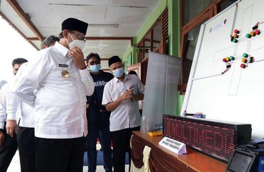 Gubernur Banten Lakukan Simulasi dan Evaluasi Kesiapan Sekolah Tatap Muka