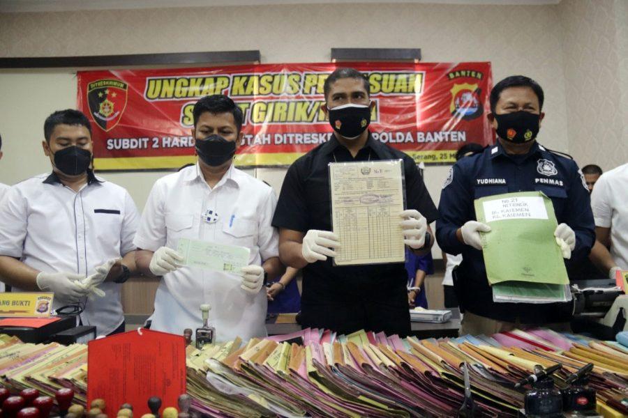 Ditreskrimum Polda Banten Tangkap Empat Orang Tersangka Pembuat Surat Tanah Palsu