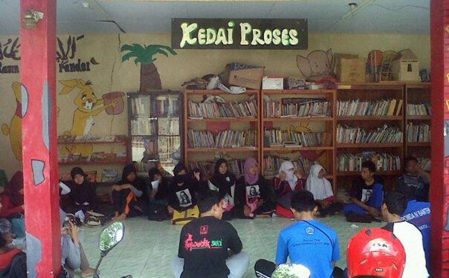 Relawan TBM Proses Kedai Galakkan Budaya Membaca di Pelosok Desa Lebak