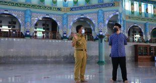 Masjid Raya Al-Azhom Batasi Kapasitas Shalat Tarawih untuk 1000 Jamaah
