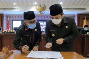 Rapat Paripurna DPRD: Wali Kota Tangerang Sampaikan Jawaban Terkait Tiga Buah Raperda