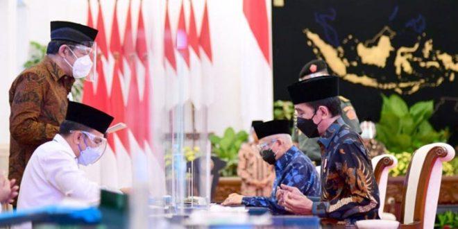 Presiden Joko Widodo Serahkan Zakat Sekaligus Luncurkan Gerakan Cinta Zakat
