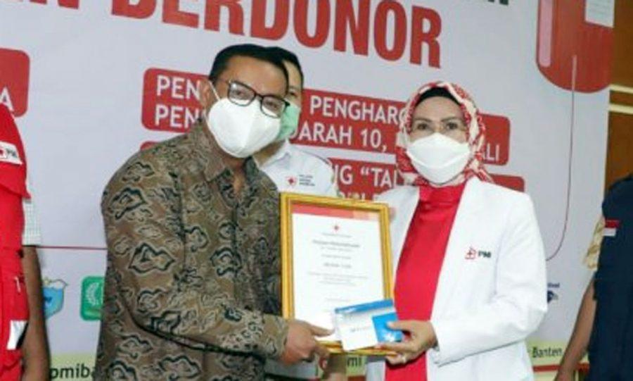 PMI Banten Berikan Penghargaan Kepada Pendonor Darah Sukarela