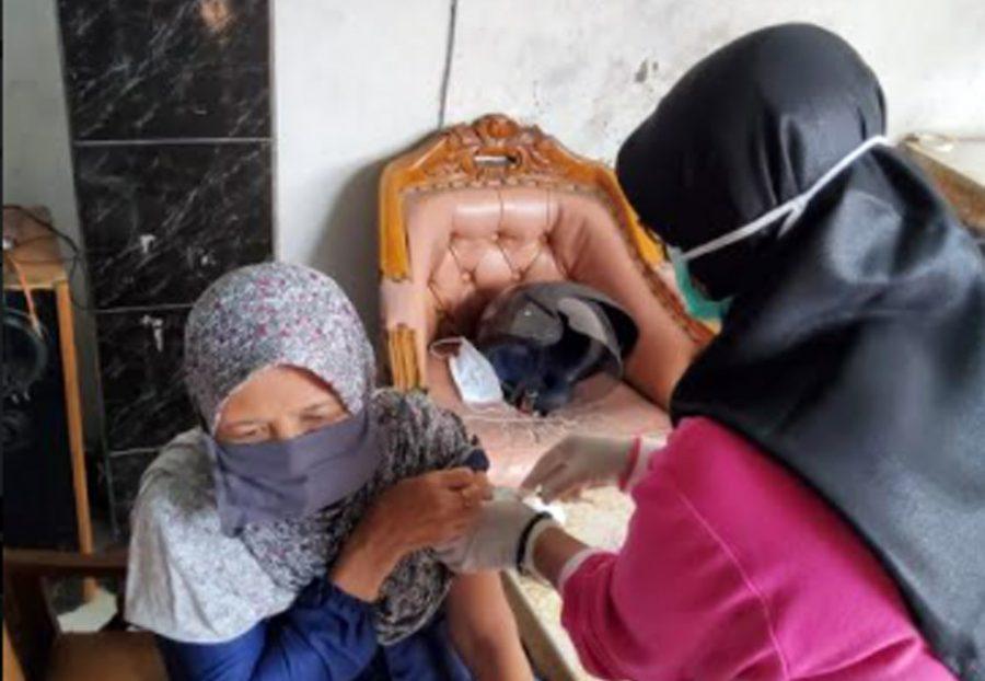 Percepatan Vaksinasi Lansia, Pemkot Tangerang Berikan Layanan Door To Door