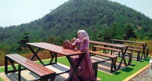 Kawasan Pariwisata Banten Dalam Zona Merah dan Oranye Ditutup
