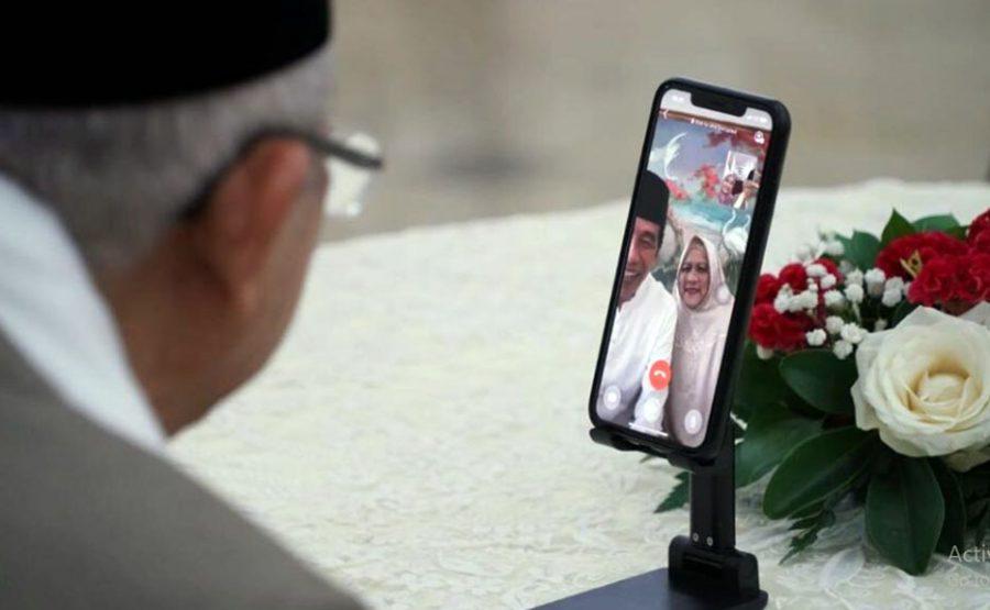 Presiden Jokowi Bersilaturahmi Idul Fitri Dengan KH Mar'ruf Secara Video Call