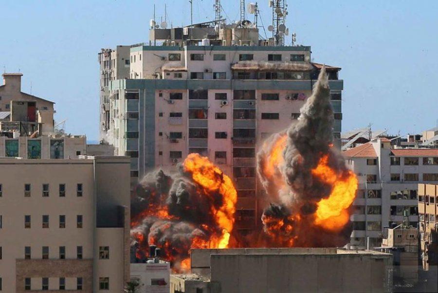 Militer Israel Bombardir Menara Gaza Kantor Berita AP dan Al Jazeera
