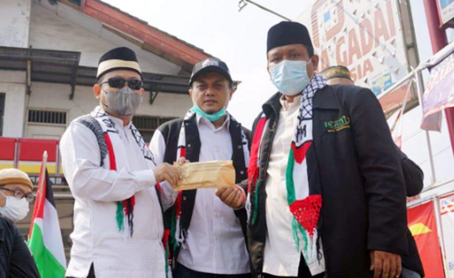 DPRD Kota Tangerang Lakukan Aksi dan Salurkan Bantuan untuk Palestina