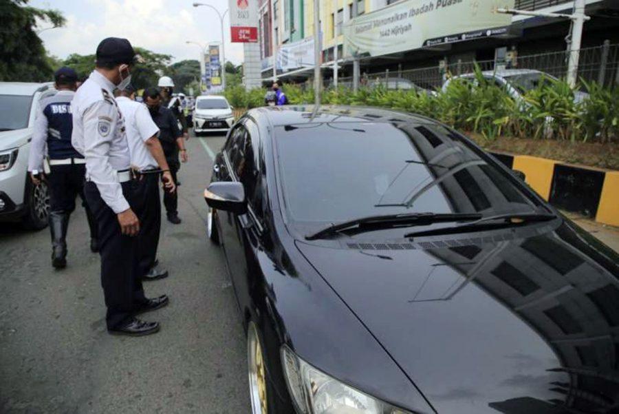 Penertiban Parkir Liar, Dishub Kota Tangerang Gembosi 139 Kendaraan