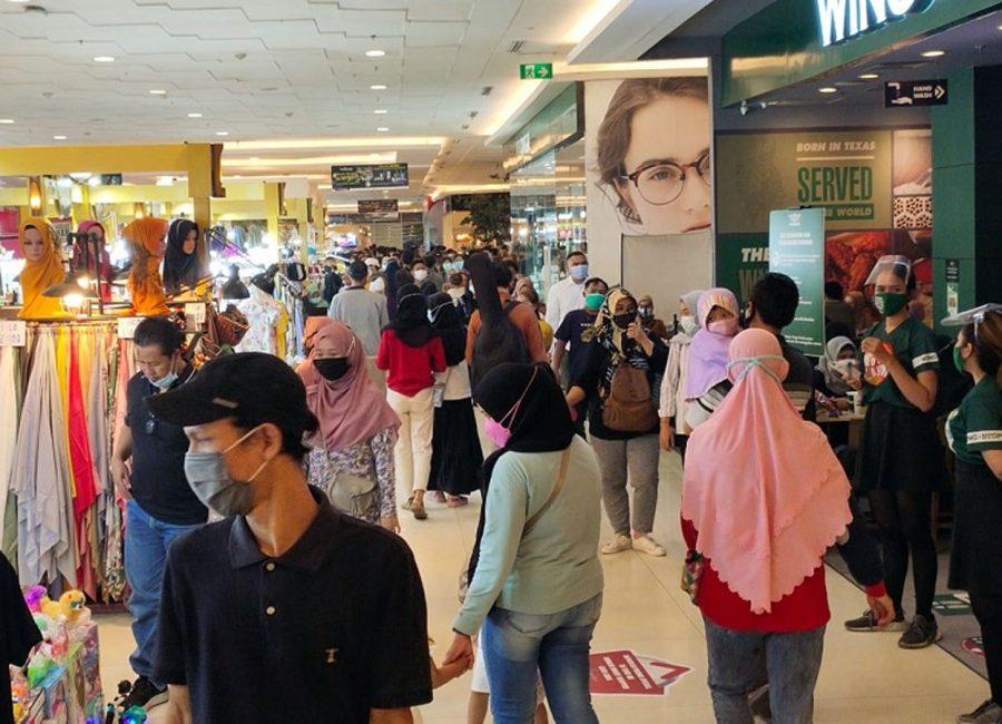 Keramaian Pengunjung di Tangcity Mall Jadi Pantauan Satpol PP