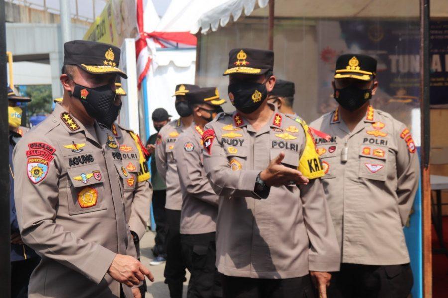 Irwasum Polri Tinjau Pos Pengamanan Lebaran di Pelabuhan Merak Banten