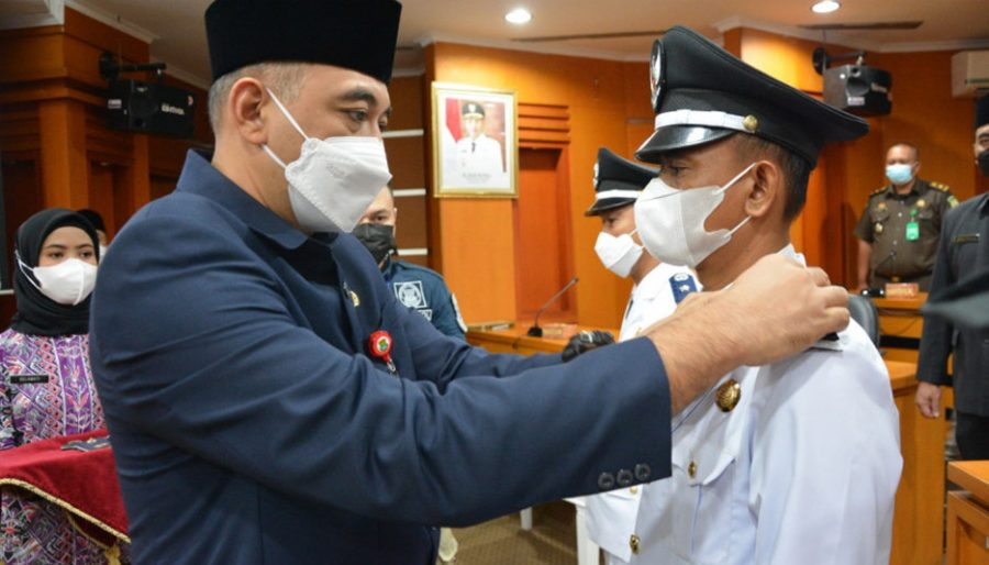 Bupati Tangerang Lantik Enam Kepala Desa PAW Hasil Pilkades Serentak